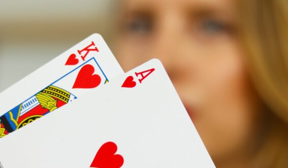 Check Cards Blackjack – Why This System Fails!