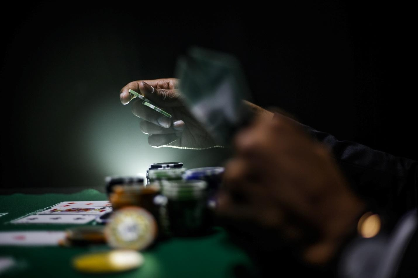 The Reasons Why You Should Gamble Online
